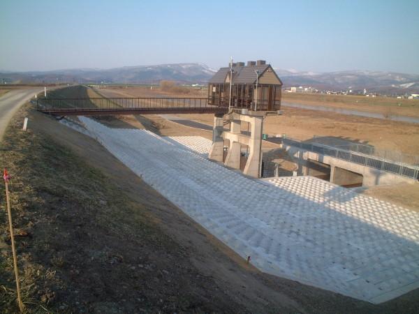 剣淵川改修工事温根別川上流工区